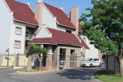 Property For Sale in Sundowner, Randburg